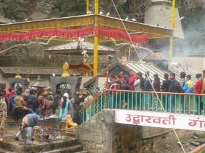 Dakshinkali Temple - and the lineup to get into the sacrifice area.