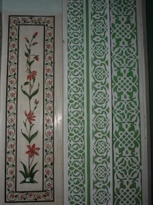 Examples of the decorative walls, some hand painted and others where the marble is inlaid with semi-precious stones, just like the Taj Mahal