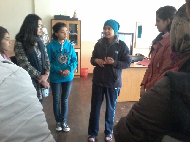 SIRC's Physio In Charge, Shashi Shrestha giving an overview of the type of physiotherapy provided to the patients.