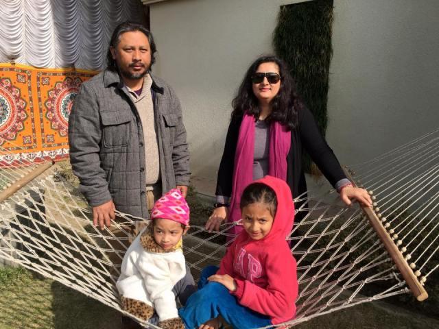 Esha with husband Kiran, Avika (l) and Aahana (r)