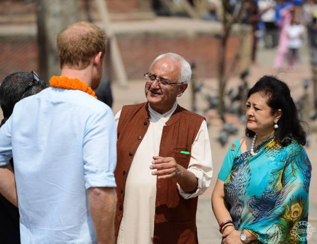Kanak in animated conversation with Prince Harry in Patan Durbar Square, Kathmandu. Photo credit Dutourdumonde Photography