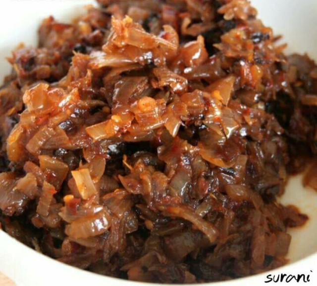 Seeni sambol - a slowly fried onions with dried fish and slightly sweetened