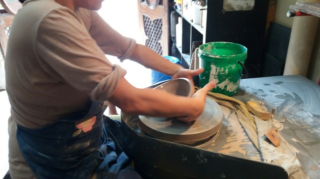Once cut, removing the bowl from the wheel takes confidence, decisiveness and being very gentle ..... the latter is a trait I am not well known for,